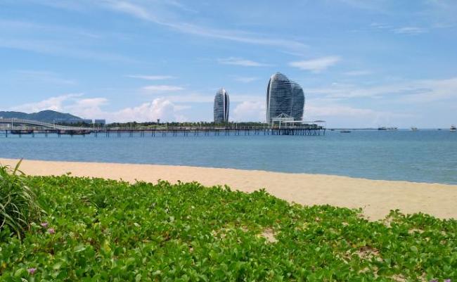 万博体育app手机登陆湾凤凰岛酒店